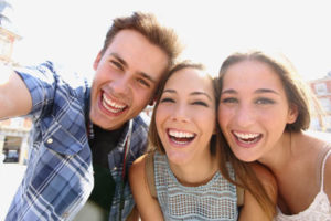 invisalign teen provider - group of teens